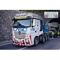 Laso Mercedes-Benz Actros Bigspace 8X4 With Ballastbox And Ballastparts