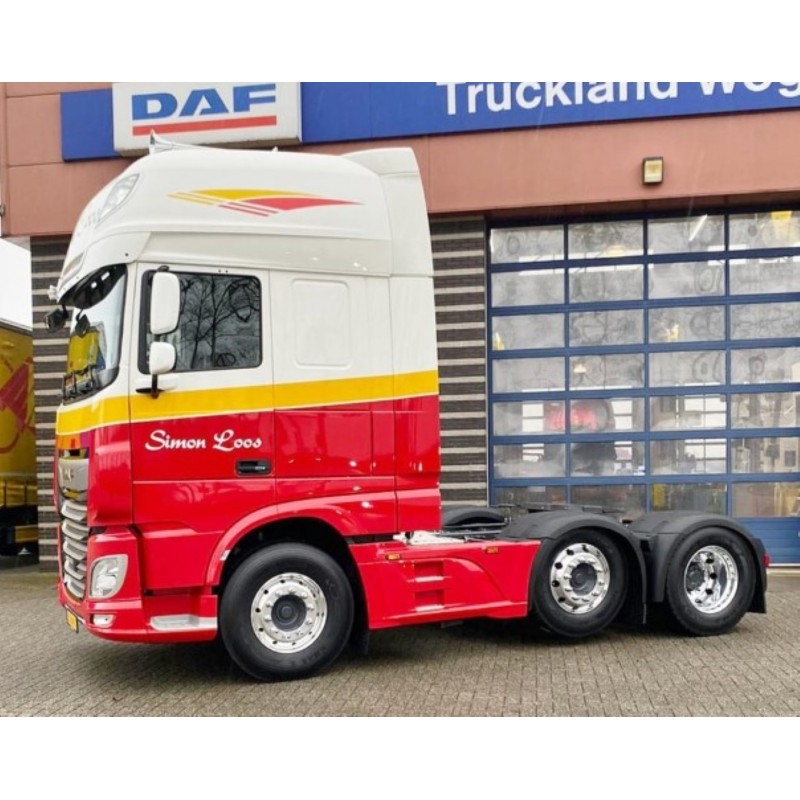 Simon Loos DAF XF Euro 6 Euro 6 Super Space Cab With Reefer Trailer