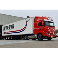 J.P. Vis Iveco S-Way With 3 Axle Reefer Trailer