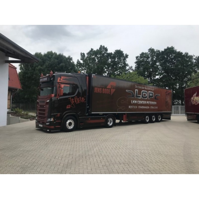 Jens Bode Scania Next Gen S-Series Highline With 3 Axle Reefer Trailer