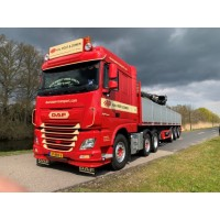 H.N. Post & ZN DAF XF Space Cab 6X2 With 3-Axle Brick Trailer