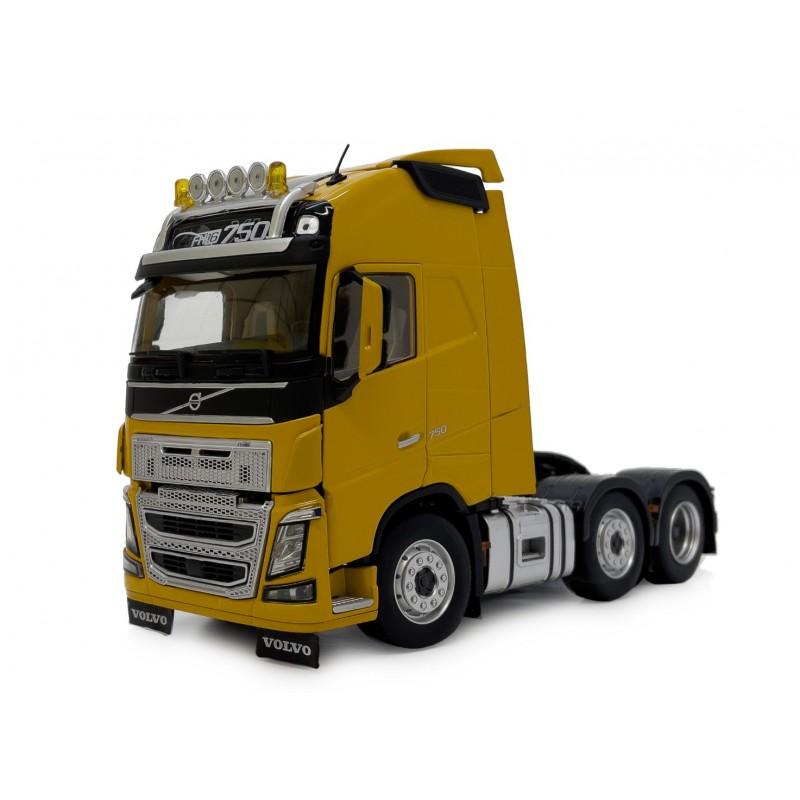 Volvo FH16 6X2 Yellow