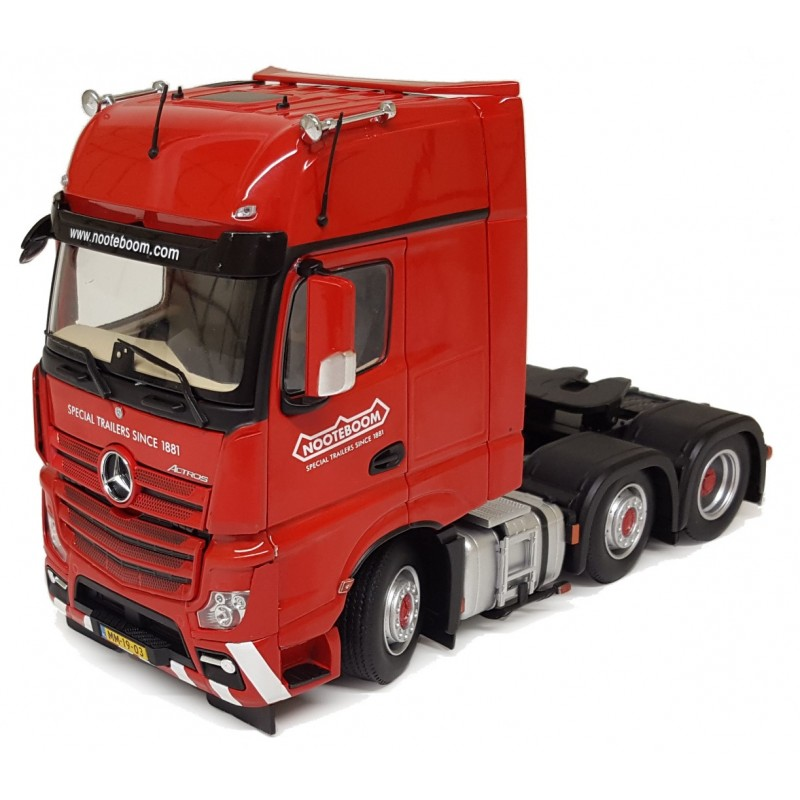 Mercedes-Benz Actros Gigaspace 6X2 Red Nooteboom 1:32 Scale