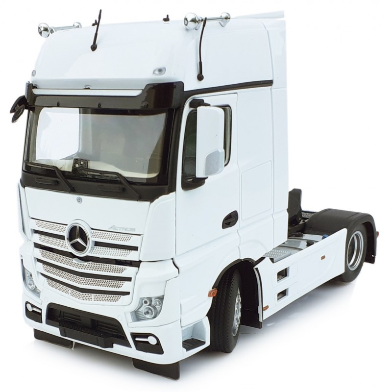 Mercedes Benz Actros Gigaspace 4X2 White 1:32 Scale